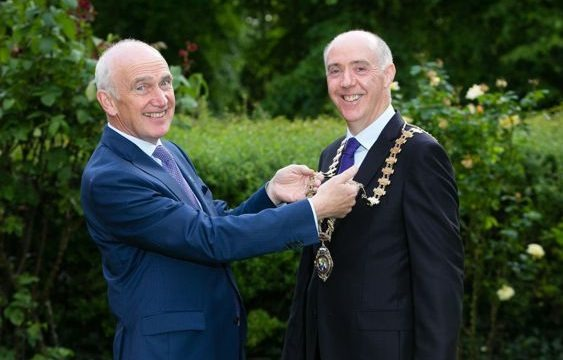 Outgoing President Dermot Byrne (L) and Dr. Kieran Feighan (R)