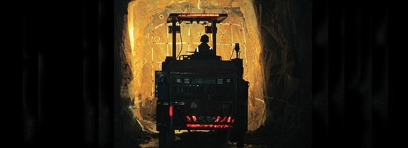 QME Underground Jumbo operator